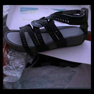 Baretraps Lora Gladiator sandal black sz 10